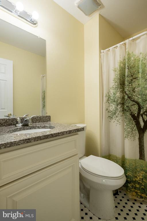 Master bathroom - 2855 BOWES LN, WOODBRIDGE