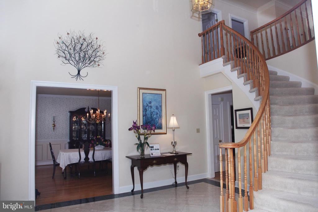Front Foyer Dining Room Angle - 11116 HENDERSON RD, FAIRFAX STATION