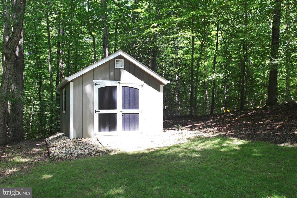 Shed - 11116 HENDERSON RD, FAIRFAX STATION