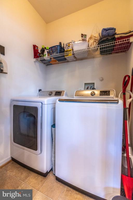Laundry Room off kitchen - 144 PEBBLE BEACH DR, CHARLES TOWN