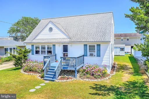 208 N CENTRAL AVENUE - SURF CITY