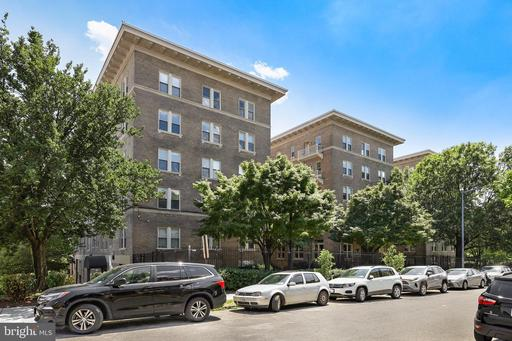 1308 CLIFTON ST NW #502