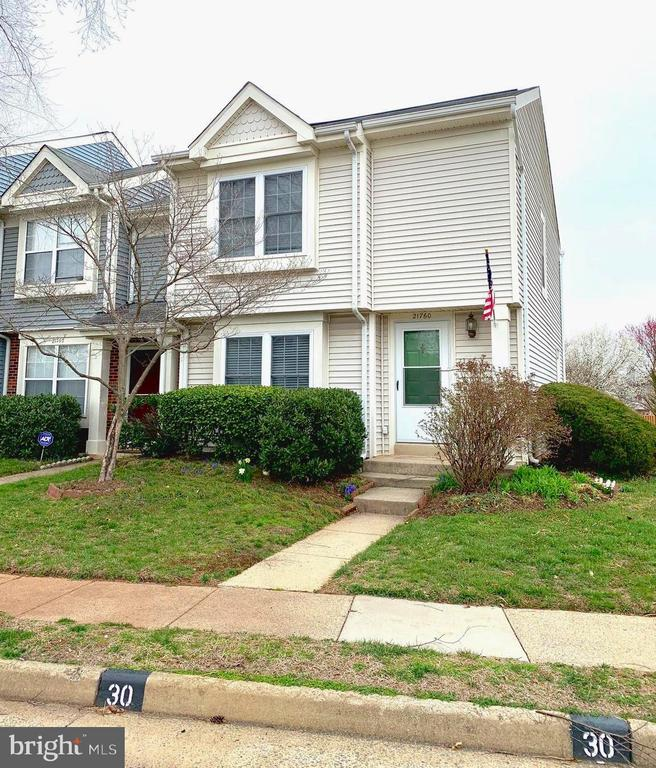 - 21760 MARIGOLD CIR, STERLING