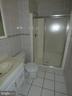 Basement full bathroom - 43114 LLEWELLYN CT, LEESBURG