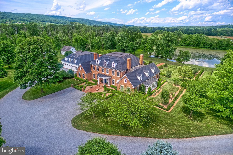 Single Family Homes için Satış at Bluemont, Virginia 20135 Amerika Birleşik Devletleri