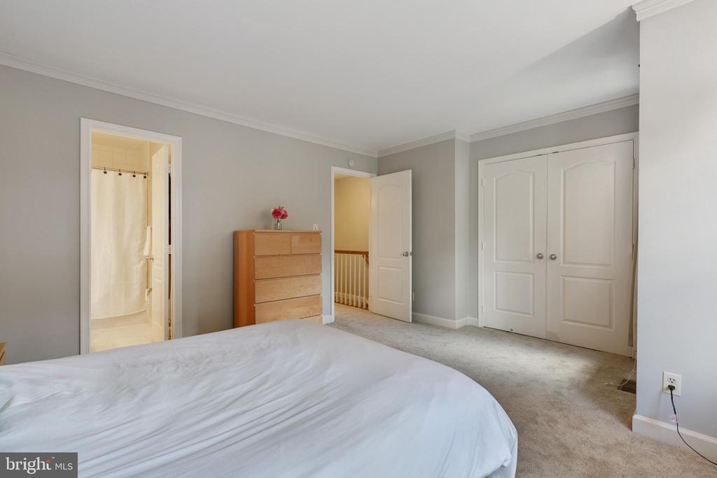 Master Bedroom - 4023 CHESTERWOOD DR, SILVER SPRING