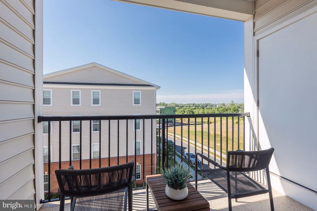 Private Balcony off f Owner's Bedroom - 43051 THOROUGHFARE GAP TER, ASHBURN