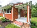 Cute side porch with storm door - 1693 GARRISONVILLE RD, STAFFORD