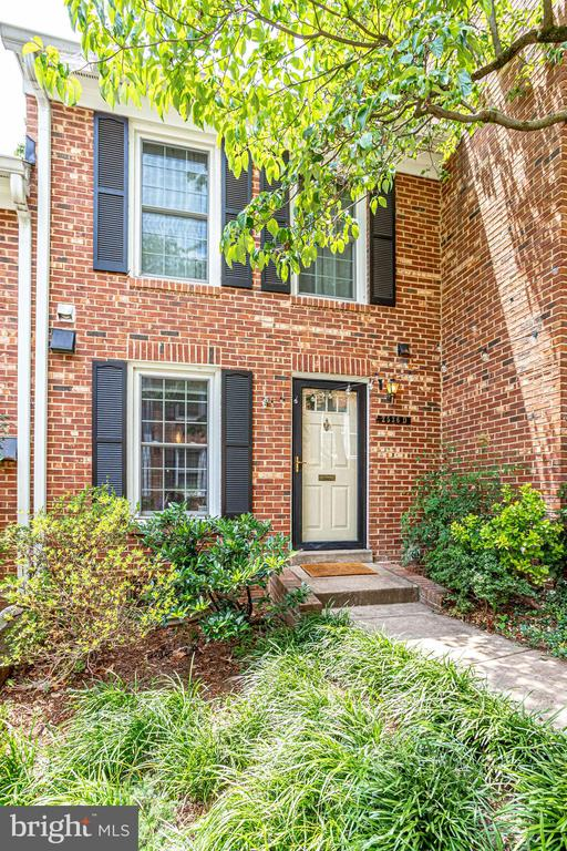2536 D  S.  Walter Reed - WELCOME!! - 2536 S WALTER REED DR #D, ARLINGTON