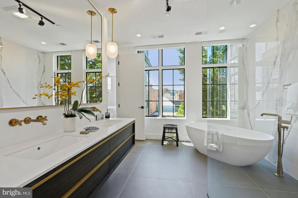master bathroom with ceiling to floor windows - 928 O ST NW #3, WASHINGTON