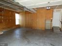 Garage view of storage cabinets - 43114 LLEWELLYN CT, LEESBURG