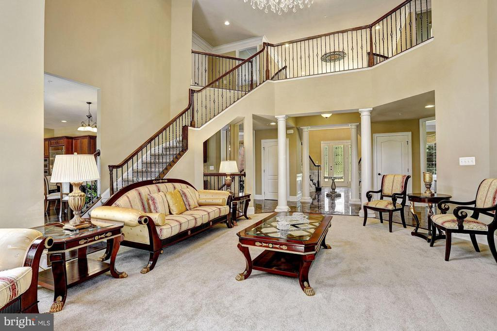 Two Story Great Room - 11227 INDEPENDENCE WAY, ELLICOTT CITY