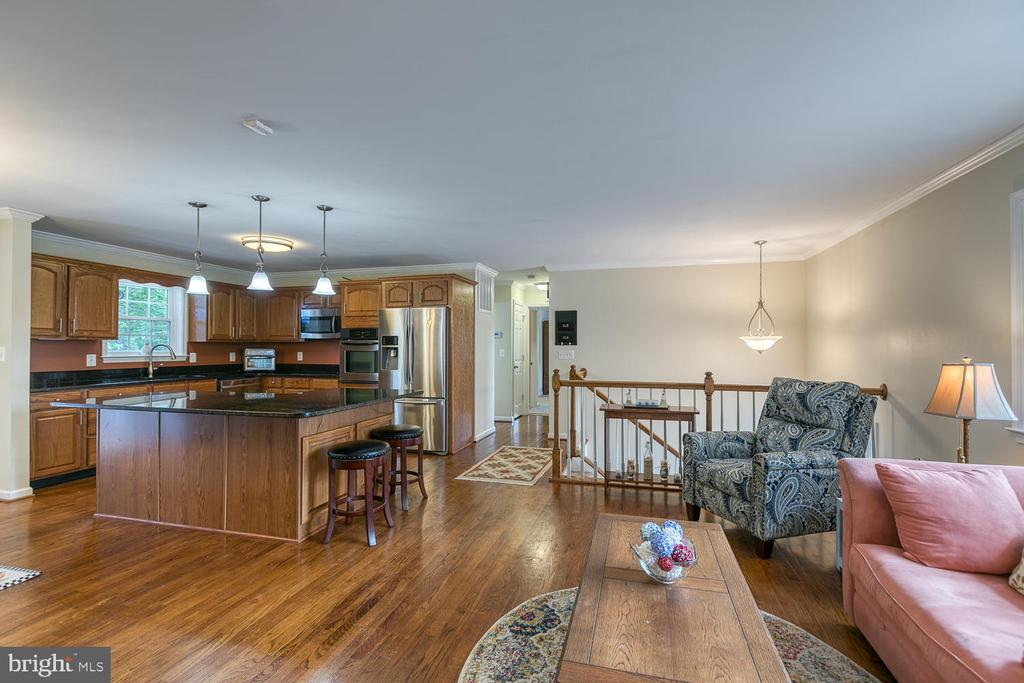 Beautiful Hardwood Floors - 201 N RANDOLPH RD, FREDERICKSBURG