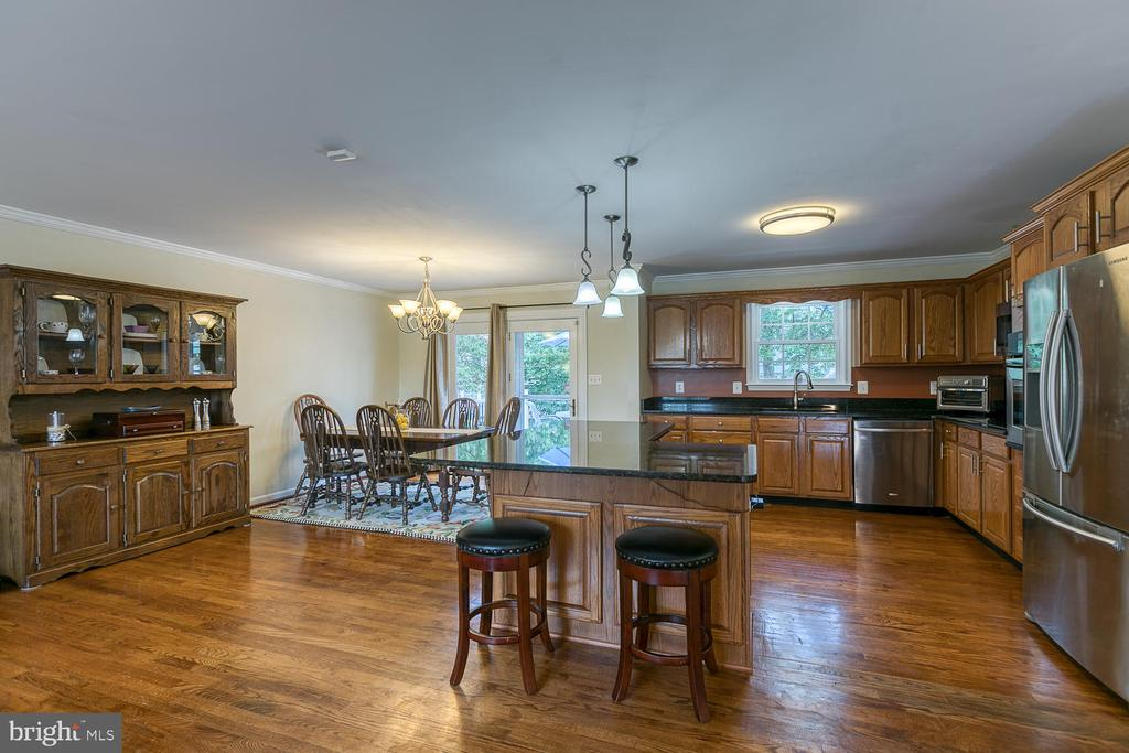Kitchen Island with Room for Stools - 201 N RANDOLPH RD, FREDERICKSBURG