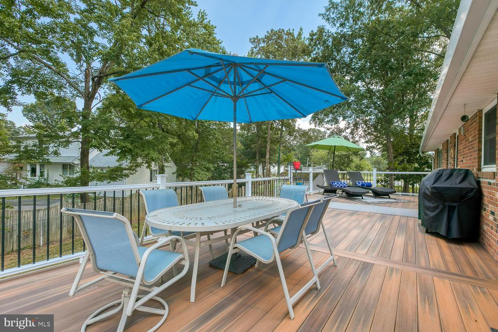 Relax on the Composite Deck - 201 N RANDOLPH RD, FREDERICKSBURG