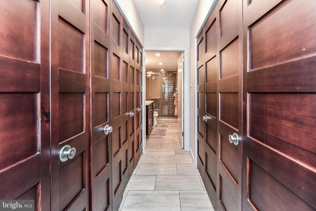 Luxury closets in master bedroom. - 3001 VEAZEY TER NW #508, WASHINGTON