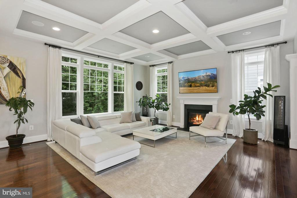 Family Room with Gas Fireplace & Coffered Ceilings - 6515 MANOR RIDGE CT, FALLS CHURCH