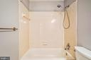 Updated Shower room w tub - 14371 SAGUARO PL, CENTREVILLE