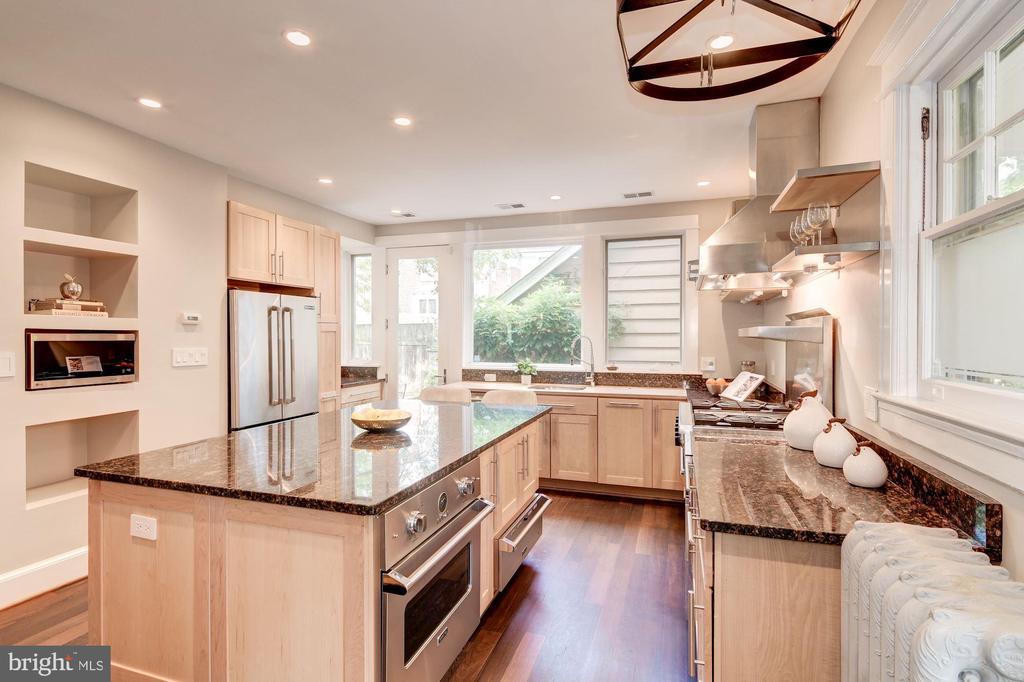 Kitchen - 5335 43RD ST NW, WASHINGTON
