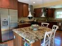 Amazing breakfast/meal prep area - 2504 VALLEY DR, ALEXANDRIA