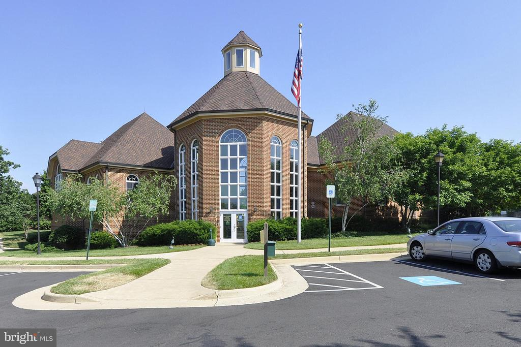 Community Center - 20810 AMBERVIEW CT, ASHBURN