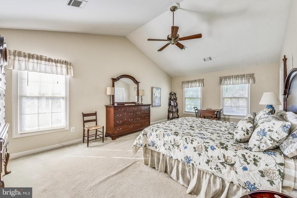 Master Bedroom - 20810 AMBERVIEW CT, ASHBURN