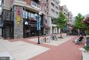 Pentagon Row shopping within walking distance - 1300 ARMY NAVY DR #907, ARLINGTON