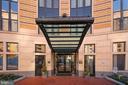 Entrance to 400 Mass - 400 MASSACHUSETTS AVE NW #604, WASHINGTON