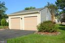 Oversided two car garage, space for workbench - 404 GREEAR PL, HERNDON