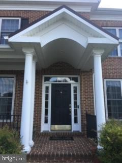Beautiful front porch - 1410 MACFREE CT, ODENTON
