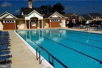 Community pool - 1410 MACFREE CT, ODENTON