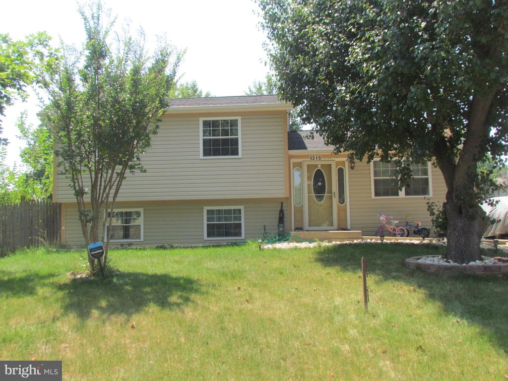 2nd Front View - 1215 SUNRISE CT, HERNDON