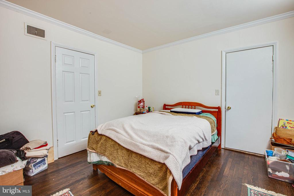 Bedroom 1 - 15478 ROGERS CLARK BLVD, BOWLING GREEN