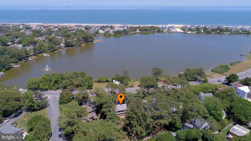 20310 SILVER LAKE DR,Rehoboth Beach,DE 19971