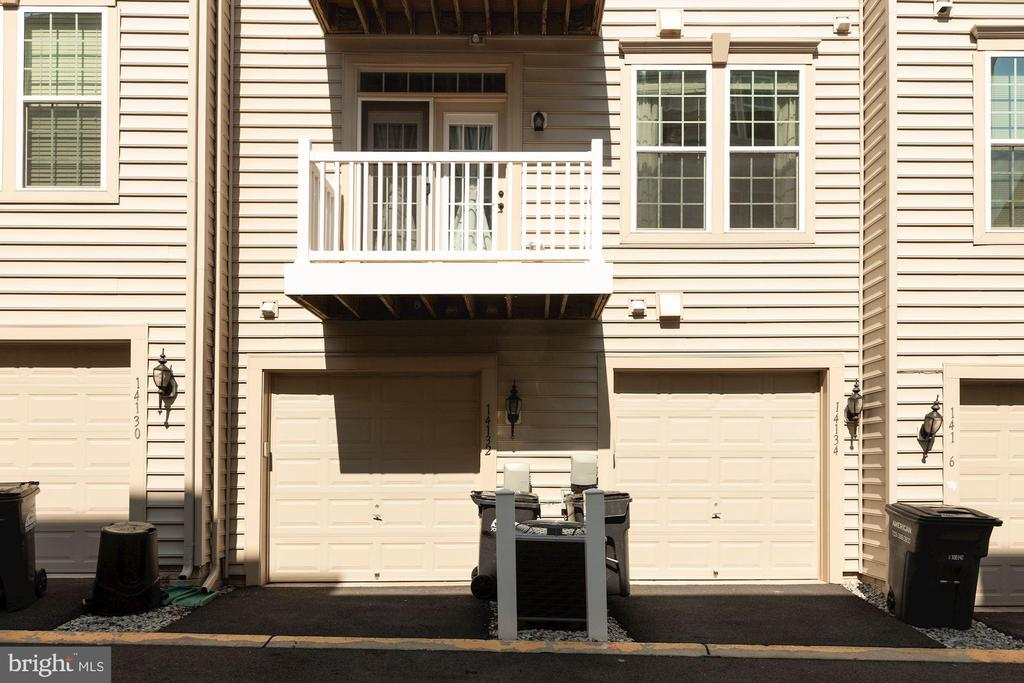 Rear entry single car garage - 14132 HARO TRL, GAINESVILLE