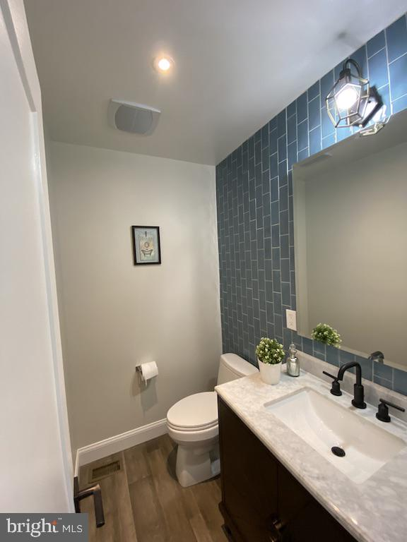Main Level and Sole Powder Room - 9000 2ND AVE, SILVER SPRING