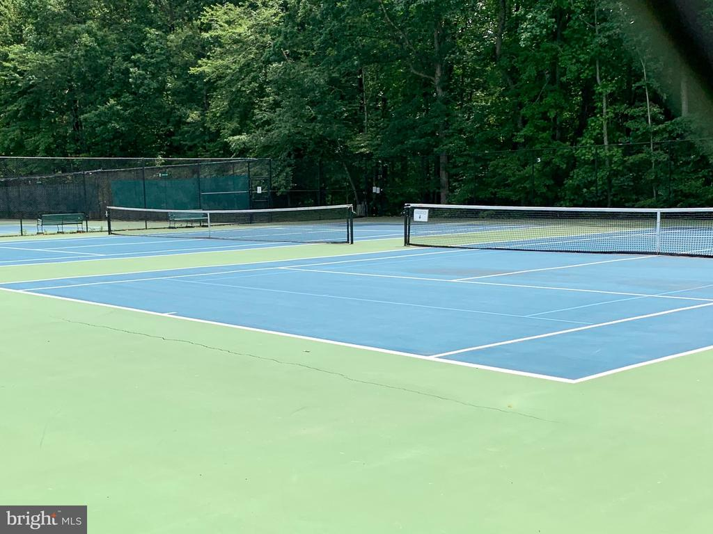 Tennis Courts - 1960 BARTON HILL RD, RESTON