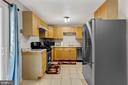 Kitchen - 102 N COLLEGE DR, STERLING