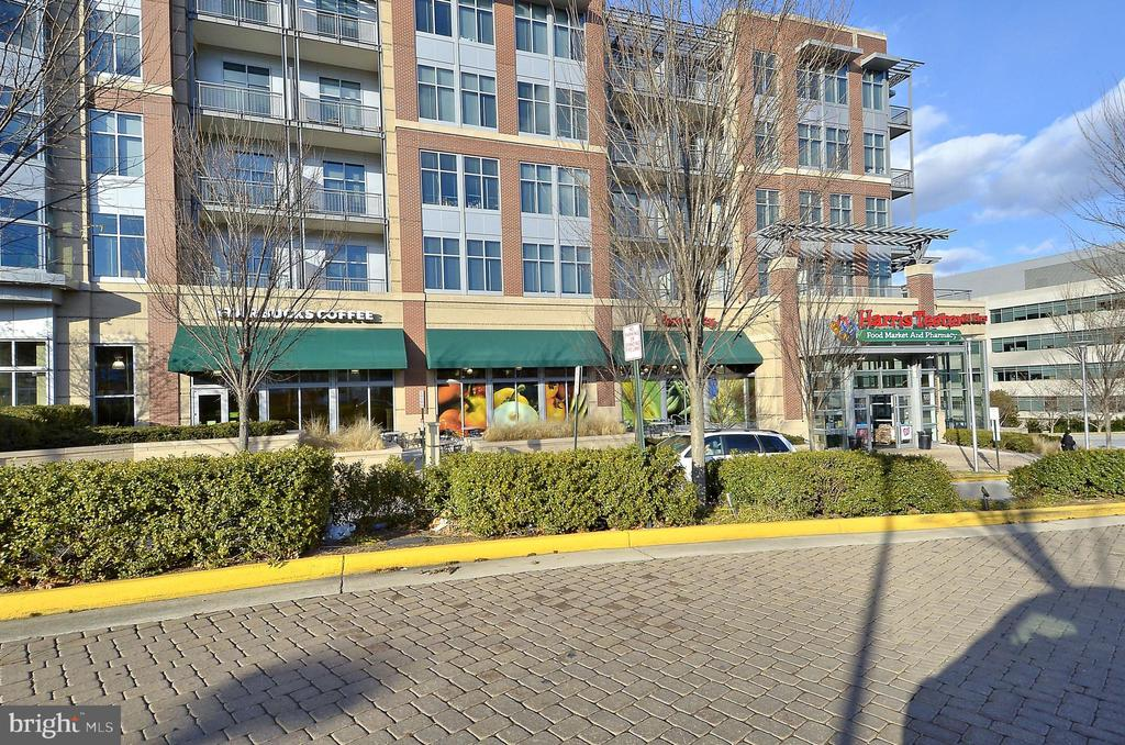 Park Crest Shops - 1504 LINCOLN WAY #404, MCLEAN