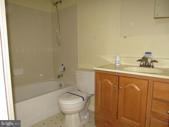 Full Bath - 436 TERRY CT #B2, FREDERICK