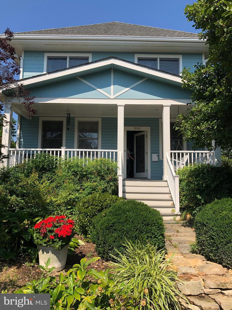 Single Family Homes vì Thuê tại Arlington, Virginia 22201 Hoa Kỳ