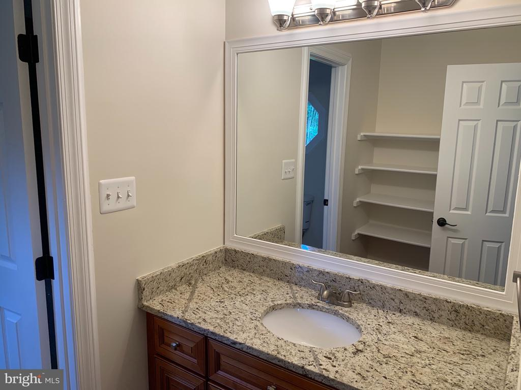 all bathroom new vanities and granite tops - 11400 QUAILWOOD MANOR DR, FAIRFAX STATION
