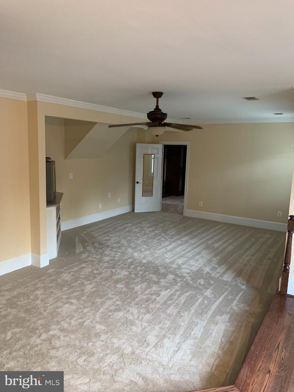 New Carpet MB and hardwoods under carpet - 11400 QUAILWOOD MANOR DR, FAIRFAX STATION