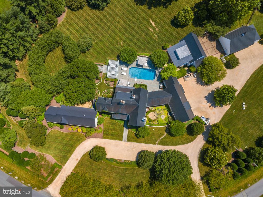 Elevated Views - 10700 RED BARN LN, POTOMAC