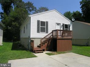 Single Family Homes pour l Vente à Glenn Dale, Maryland 20769 États-Unis