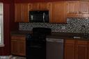 Kitchen - 21026 GLADSTONE DR, STERLING