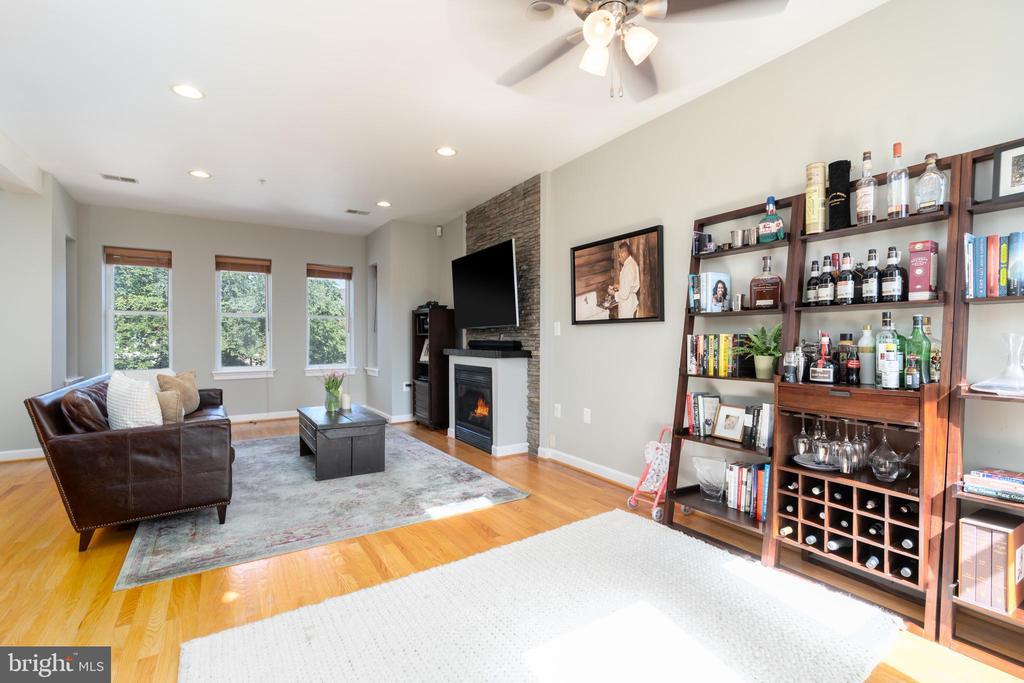 Living  / Ding Area - 600 KENTUCKY AVE SE #B, WASHINGTON