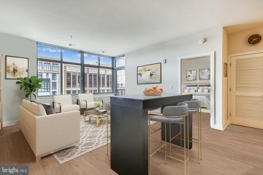 460 NEW YORK AVE NW #1002