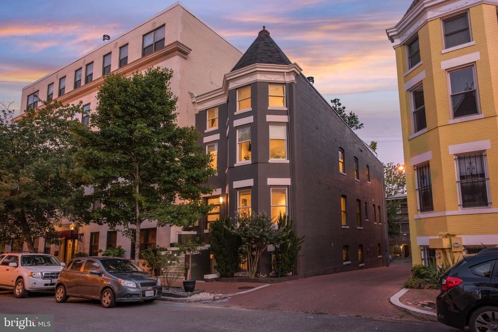 Welcome to 1744 Willard St NW - 1744 WILLARD ST NW, WASHINGTON