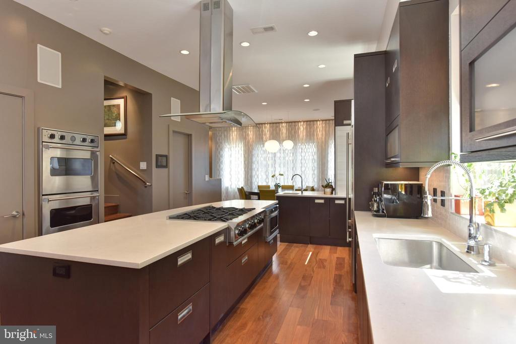 Viking Double Wall Electric/Convection Ovens - 1744 WILLARD ST NW, WASHINGTON